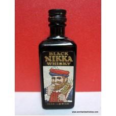 Nikka BLACK Whisky 42% 50ml